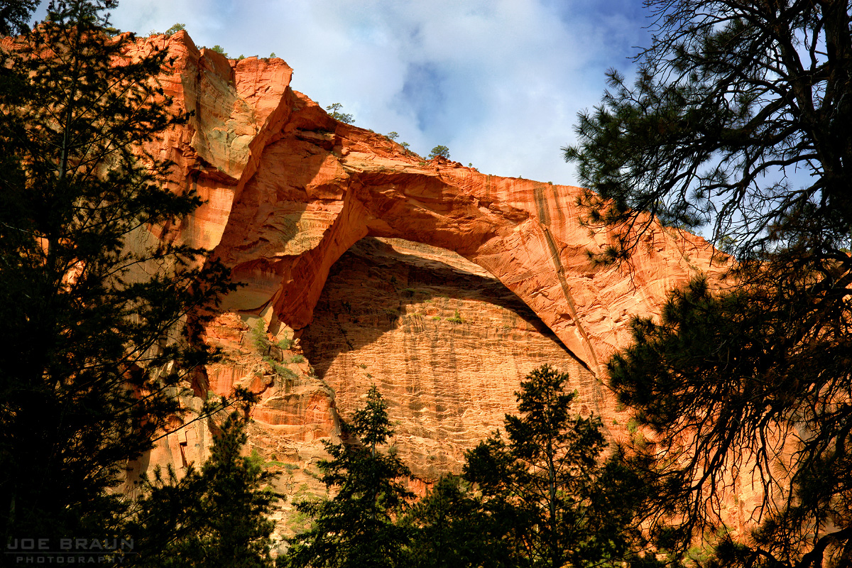 The Kolob Arch (Zion National Park) -- © 2004 Joe Braun Photography